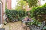 1115 Lombard Street - Photo 17