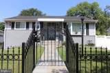 2319 Roslyn Avenue - Photo 1