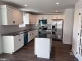 611 Lakehurst Avenue - Photo 4