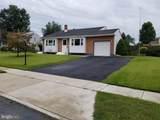 413 Greenview Drive - Photo 2
