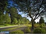 1105 Parkview Drive - Photo 2