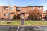135 Larchwood Court - Photo 1