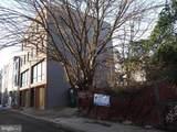 1437 Howard Street - Photo 2