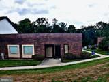 917 Seton Drive - Photo 1