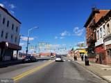 2725 Pennsylvania Avenue - Photo 2