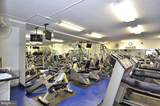 10401 Grosvenor Place - Photo 11