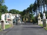 10900 Sunset Hills Road - Photo 5