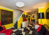 906 Lombard Street - Photo 3