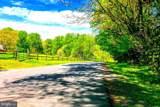 7 Jefferson Run Road - Photo 10