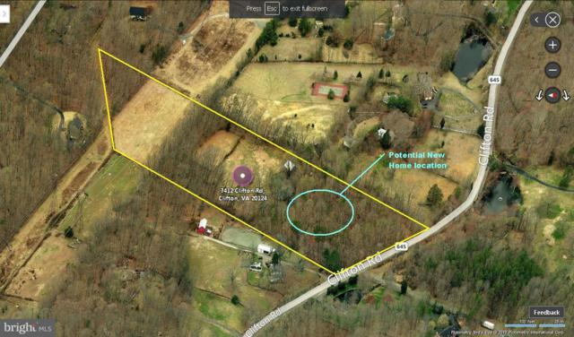 7412 Clifton Road, CLIFTON, VA 20124 (#1000993095) :: Colgan Real Estate