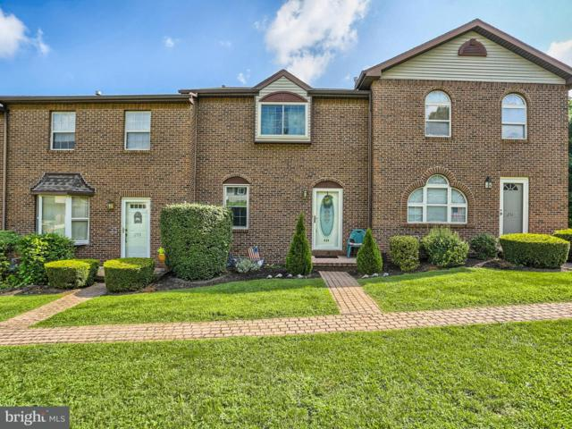 253 W Chestnut Street, DALLASTOWN, PA 17313 (#1005936497) :: Benchmark Real Estate Team of KW Keystone Realty