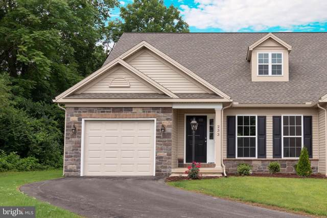 233 Aldenwood Drive, CARLISLE, PA 17015 (#PACB100069) :: The Heather Neidlinger Team With Berkshire Hathaway HomeServices Homesale Realty