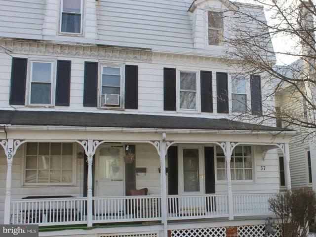 37 N Water Street, SPRING GROVE, PA 17362 (#1000101722) :: Benchmark Real Estate Team of KW Keystone Realty