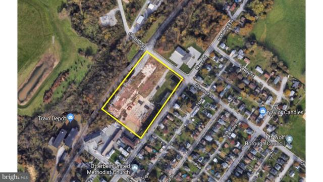 152 N Main Street, MOUNT WOLF, PA 17347 (#1000284474) :: CENTURY 21 Core Partners