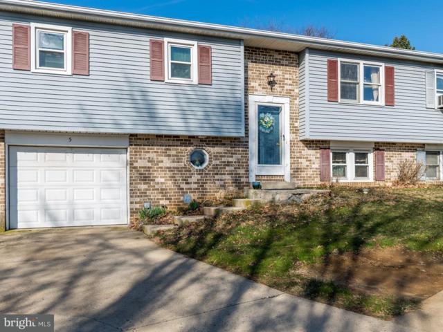 5 Pickford Drive, LANCASTER, PA 17603 (#1000289646) :: The Joy Daniels Real Estate Group