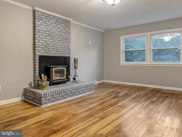 8101 Holly Lane, CLINTON, MD 20735 (#1002285662) :: Advance Realty Bel Air, Inc
