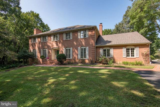 10004 Beach Mill Road, GREAT FALLS, VA 22066 (#1002351836) :: Colgan Real Estate