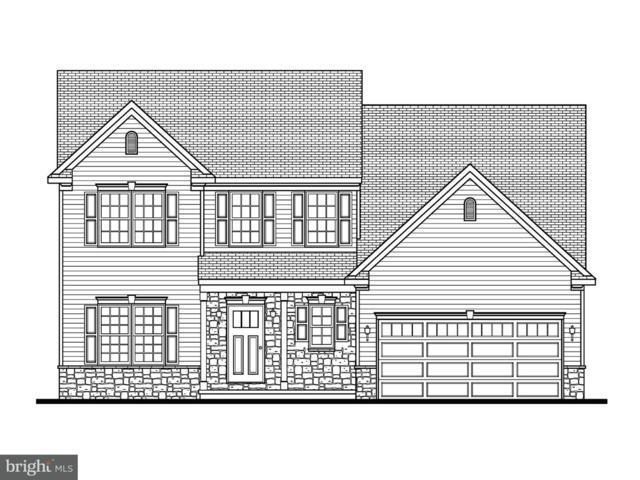 9 Greystone Crossing, LEBANON, PA 17042 (#1002766508) :: Benchmark Real Estate Team of KW Keystone Realty