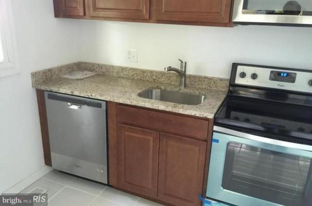4204 74TH Avenue, HYATTSVILLE, MD 20784 (#1007546414) :: Colgan Real Estate