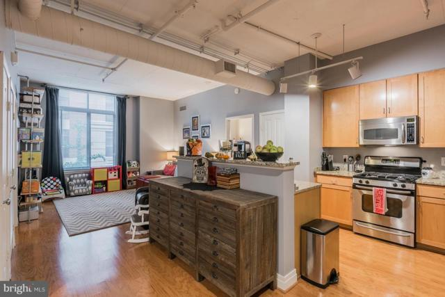 1201 Garfield Street #210, ARLINGTON, VA 22201 (#1008103548) :: Dart Homes
