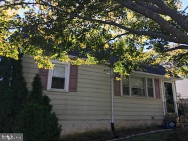 15 N Line Road, NEWTOWN SQUARE, PA 19073 (#1009932504) :: Keller Williams Real Estate