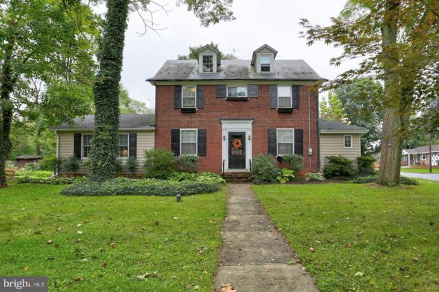 1402 Hollywood Drive, LANCASTER, PA 17601 (#1009958532) :: Colgan Real Estate