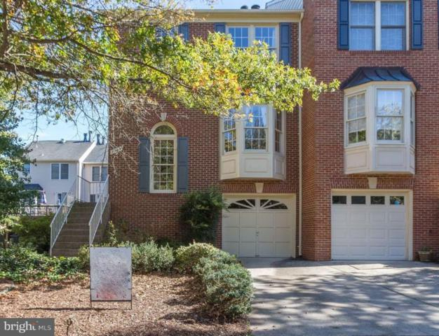 5709 Wood Creek Lane, CENTREVILLE, VA 20120 (#1009963020) :: The Putnam Group
