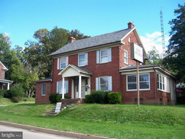 1735 N George Street, YORK, PA 17404 (#1009973006) :: Berkshire Hathaway Homesale Realty