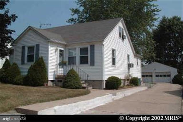 1210 Hilldale Road, BALTIMORE, MD 21237 (#1009980206) :: The Miller Team