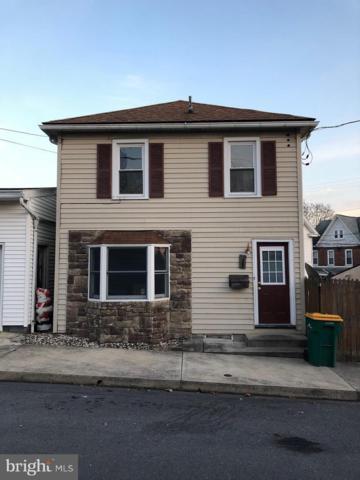 227 Ridge Avenue, WAYNESBORO, PA 17268 (#PAFL135336) :: Benchmark Real Estate Team of KW Keystone Realty