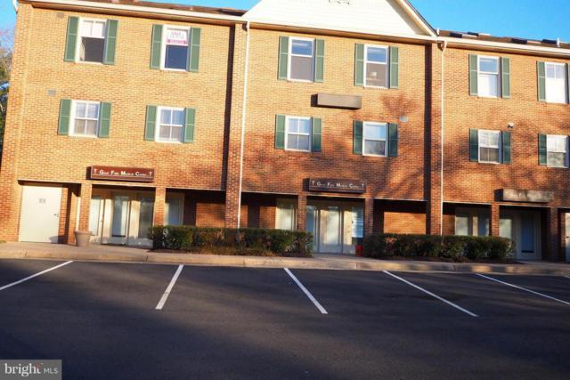1142 Walker Road A, GREAT FALLS, VA 22066 (#VAFX585676) :: Jacobs & Co. Real Estate