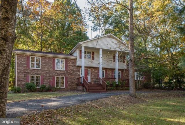 1209 Richmond Drive, STAFFORD, VA 22554 (#VAST165818) :: Erik Hoferer & Associates