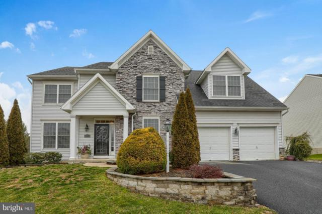 323 Squire Lane, LITITZ, PA 17543 (#PALA114832) :: Benchmark Real Estate Team of KW Keystone Realty