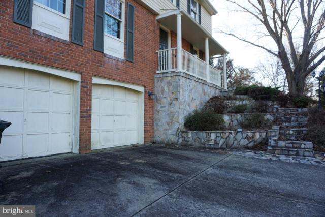 933 War Admiral Street, GREAT FALLS, VA 22066 (#VAFX746862) :: The Putnam Group