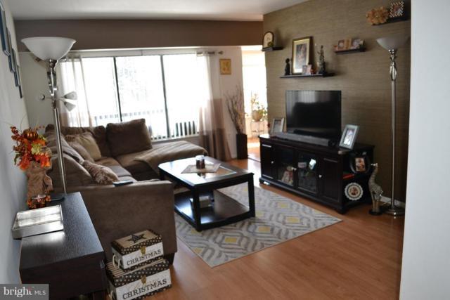 9557 Coggs Bill Drive #201, MANASSAS, VA 20110 (#VAMN123686) :: Colgan Real Estate