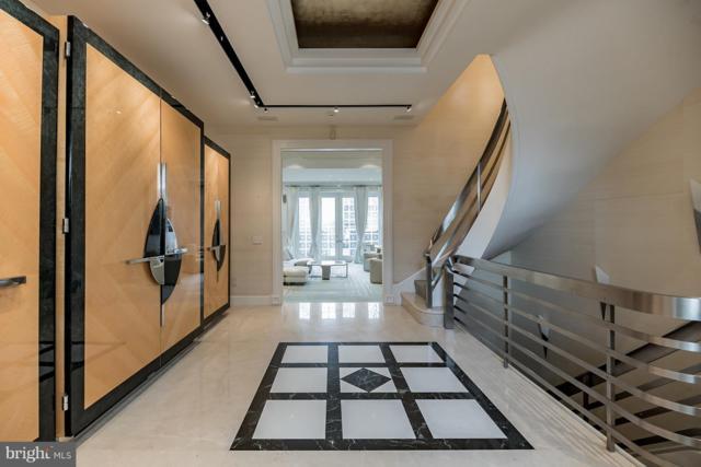 254 S 3RD Street, PHILADELPHIA, PA 19106 (#PAPH511060) :: Jason Freeby Group at Keller Williams Real Estate