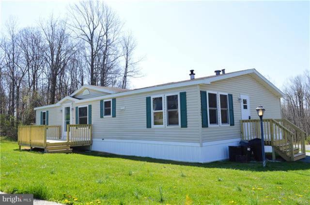 366 Barrington Road, MACUNGIE, PA 18062 (#PABK248062) :: Colgan Real Estate