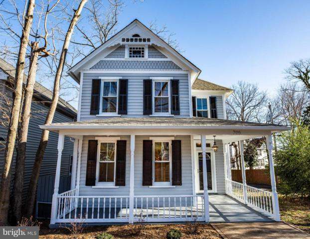 705 Lee Avenue, FREDERICKSBURG, VA 22401 (#VAFB108698) :: Blue Key Real Estate Sales Team