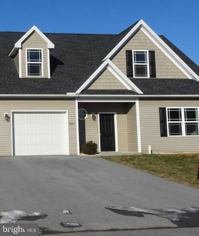 3705 Oakley Ln, GREENCASTLE, PA 17225 (#PAFL155312) :: The Heather Neidlinger Team With Berkshire Hathaway HomeServices Homesale Realty