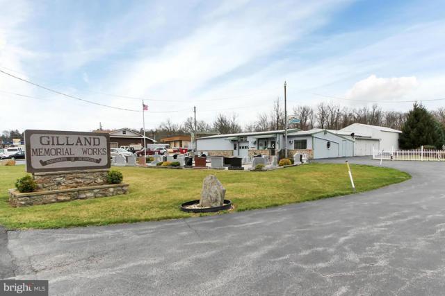 14902 Buchanan Trail E, BLUE RIDGE SUMMIT, PA 17214 (#PAFL156882) :: Benchmark Real Estate Team of KW Keystone Realty
