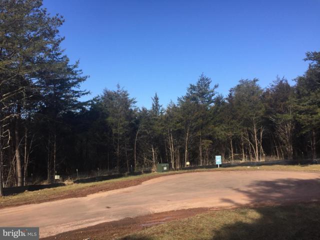 6500 Tack House Trail, CENTREVILLE, VA 20120 (#VAFX943922) :: Jennifer Mack Properties