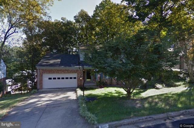 16215 Sunny Knoll Drive, DUMFRIES, VA 22025 (#VAPW432144) :: AJ Team Realty