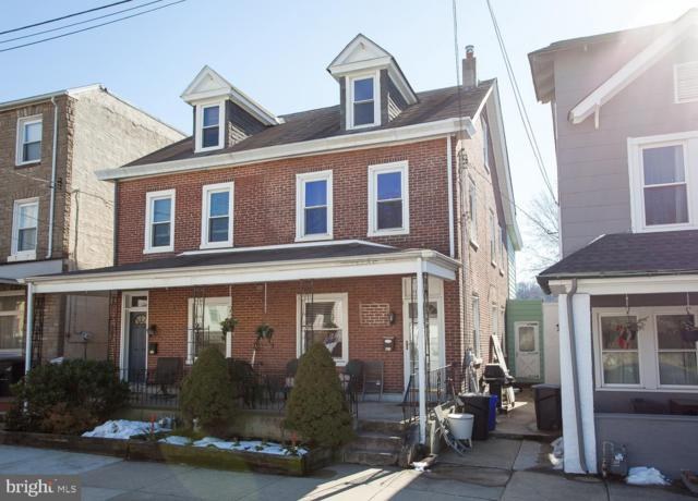 313 Spring Mill Avenue, CONSHOHOCKEN, PA 19428 (#PAMC551456) :: Erik Hoferer & Associates