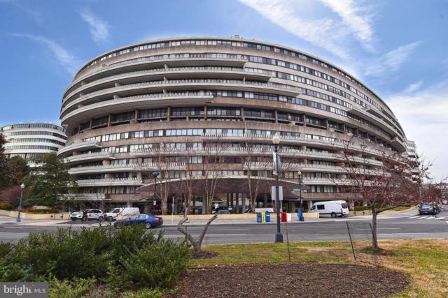 2510 Virginia Avenue NW 912-N, WASHINGTON, DC 20037 (#DCDC399250) :: Remax Preferred | Scott Kompa Group