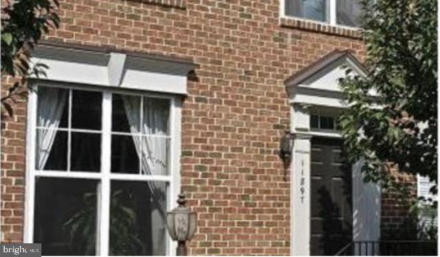 11897 Benton Lake Road, BRISTOW, VA 20136 (#VAPW432694) :: Browning Homes Group