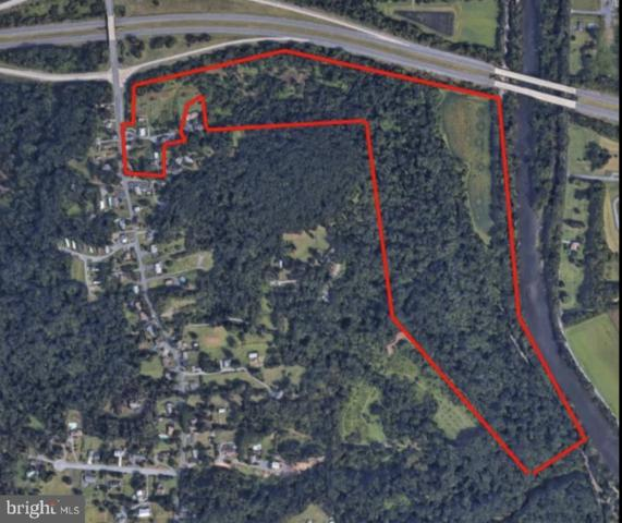 1880 N Union Street, MIDDLETOWN, PA 17057 (#PADA107586) :: The Joy Daniels Real Estate Group