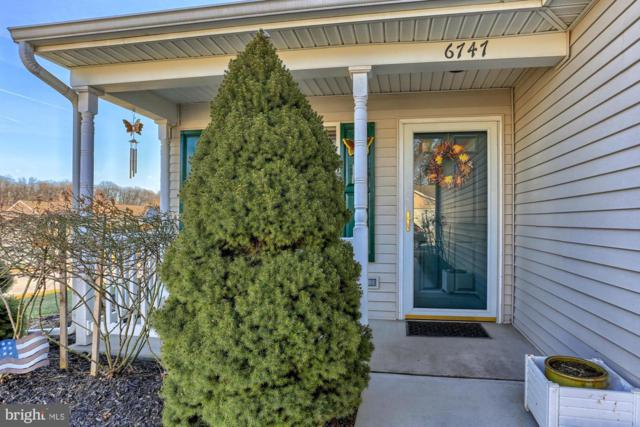 6747 Seneca Ridge Drive, YORK, PA 17403 (#PAYK111780) :: The Heather Neidlinger Team With Berkshire Hathaway HomeServices Homesale Realty