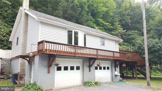 2121 Long Run Road, LEHIGHTON, PA 18235 (#PACC114930) :: ExecuHome Realty