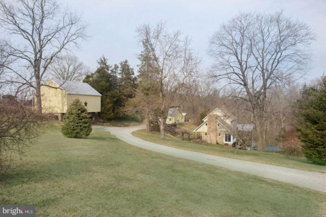 1960 Meadow Lane, SPRING GROVE, PA 17362 (#PAYK111980) :: CENTURY 21 Core Partners