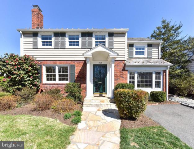 709 Grand View Drive, ALEXANDRIA, VA 22305 (#VAAX227704) :: RE/MAX Plus